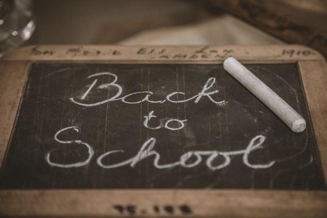 Contoh Teks Negosiasi di Lingkungan Sekolah