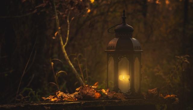 Contoh Cerita Fantasi; Pengertian, Ciri-Ciri, dan Cara Membuatnya