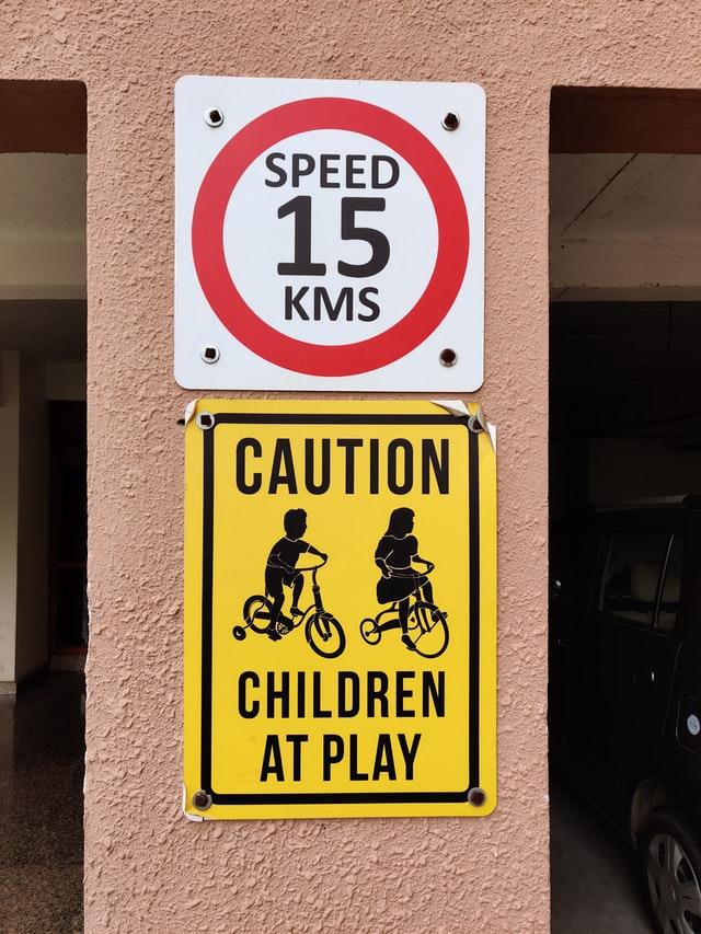 Contoh caution sign 5