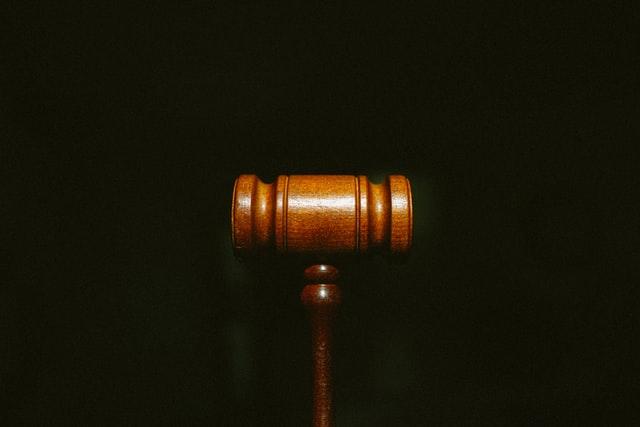 Arti dan Contoh Justifikasi Hukum