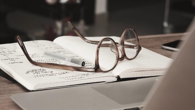 Contoh Latar Belakang Makalah, Proposal Penelitian, dan Karya Ilmiah