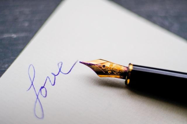 Contoh Teks Laporan Hasil Observasi tentang Kertas