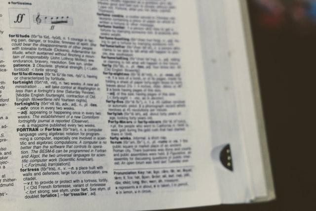 Contoh kata sifat bahasa inggris dan artinya (O-Y)