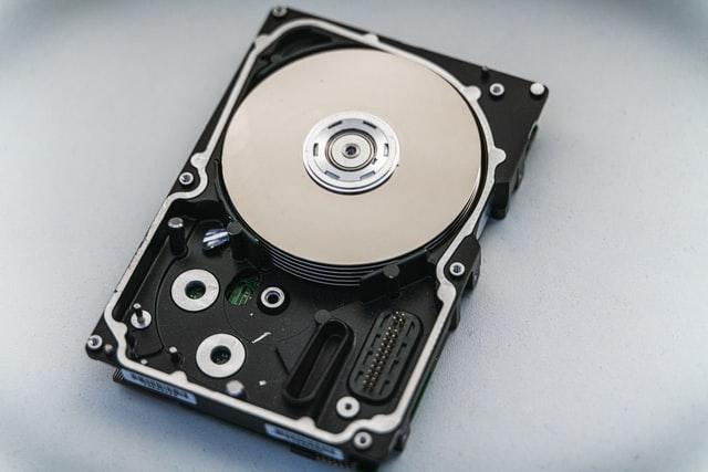 Pengertian PC adalah: Hard Disk