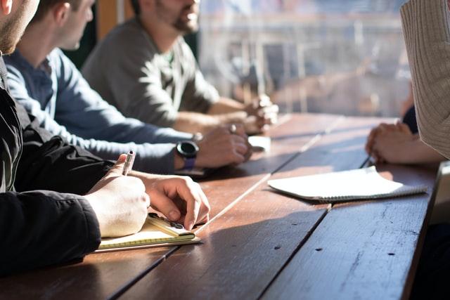 Organisasi Adalah; Pengertian, Manfaat, dan Contoh Struktur Organisasi