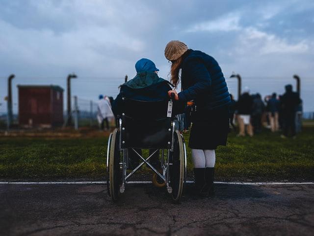 Disabilitas Adalah? Arti, Penyandang, Jenis, dan Faktor Penyebabnya