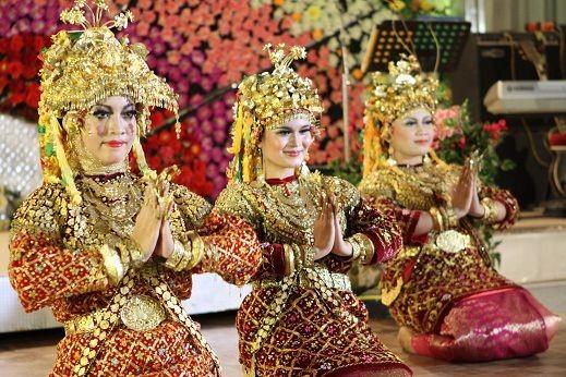 Contoh Pola Lantai Tari Gending Sriwijaya